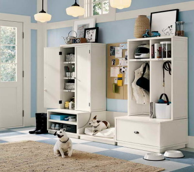 Ideas-to-Organize-a-Small-Bedroom-with-White-Color